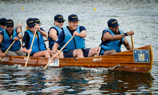 Governor Cuomo rowing at Onondaga Lake Regatta